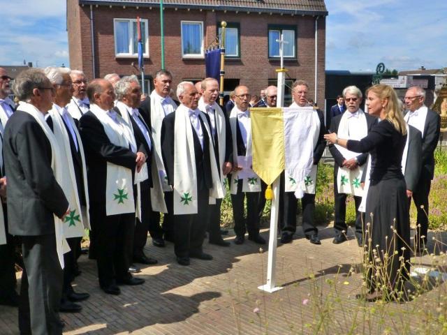 sacramentsprocessie Schinveld15 Ria Gerards